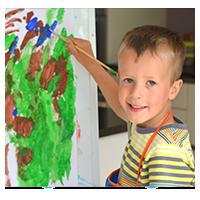 мальчик художник